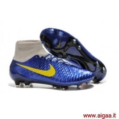 scarpe nike nuove da calcio,scarpe nike nere e oro