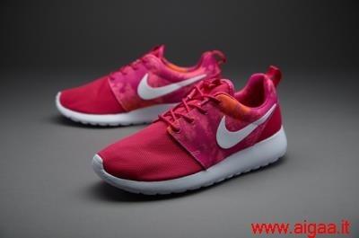 scarpe nike roshe run colorate,scarpe nike roshe nere